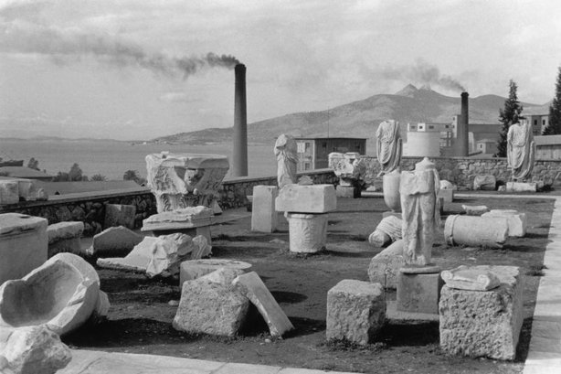ELEUSIS, Greece—1953. © Henri Cartier-Bresson / Magnum Photos