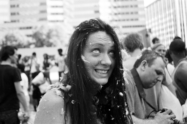 Pillowfight, Los Angeles © Doug Kim