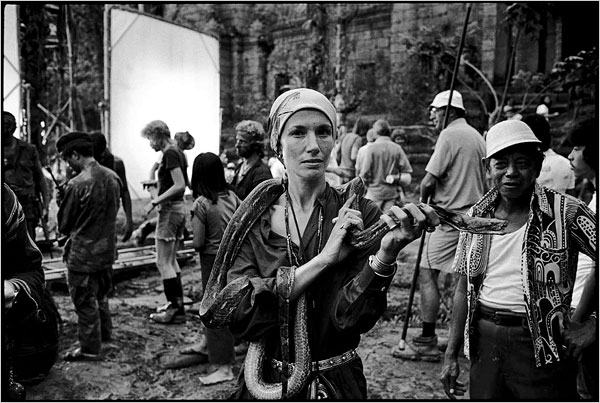 Mary Ellen Mark, pictured above in 1976 on the Philippines set of Apocalypse Now, has a new book out: Seen Behind the Scene (Phaidon Press) collects forty years of her on-set photography from a wide range of movies.
