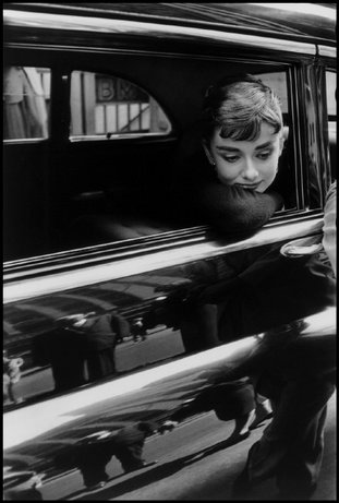 NEW YORK CITY—Audrey Hepburn during the filming of Sabrina by Billy Wilder, 1954. © Dennis Stock / Magnum Photos