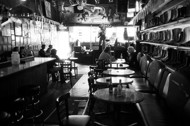 Robert's Western World, Nashville, Tennessee © Doug Kim