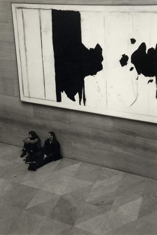 National Gallery of Art, East Wing; Nikon F5, 28-70mm Nikkor, Agfa APX 400 © Doug Kim