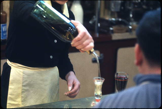 A Perfect Pour, Tom Palumbo, Paris 1962