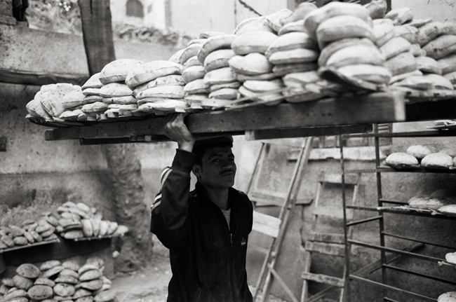 Cairo, Egypt, February 2011; Leica MP 0.58, 35mm Summicron, Kodak Tri-X