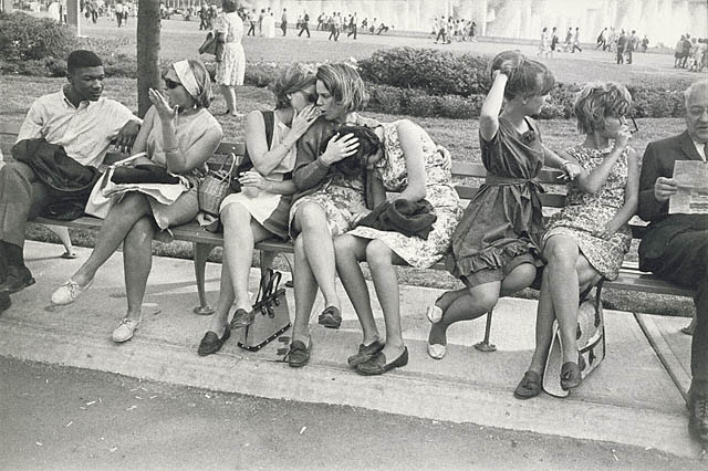 World's Fair, New York, Garry Winogrand, New York City, 1964  © The Estate of Garry Winogrand