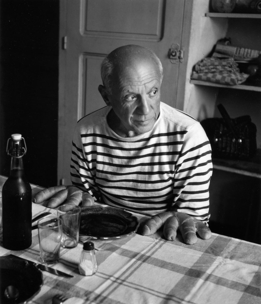 Les pains de Picasso, Vallauris, 1952 © Atelier Robert Doisneau courtesy of GAMMA-RAPHO Agency