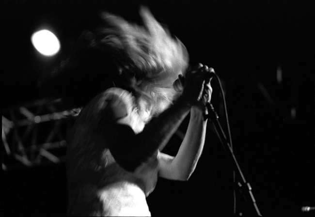 Kim Gordon, Sonic Youth, Sunset Junction 2002  Doug Kim; Nikon F5, Nikkor 80-20mm, Kodak Tri-X