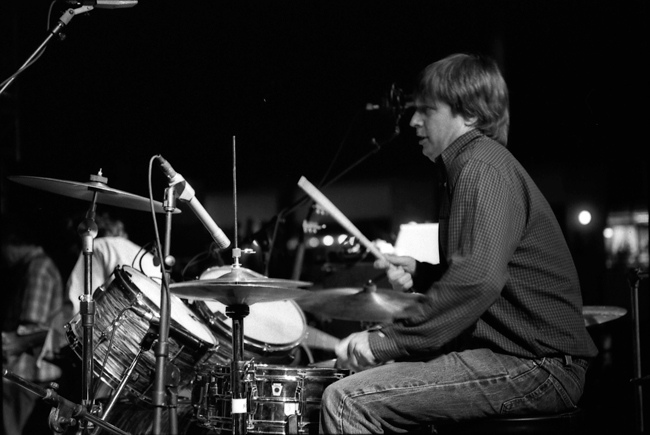 Steve Shelley, Sonic Youth, Sunset Junction 2002 © Doug Kim; Nikon F5, Nikkor 80-20mm, Kodak Tri-X