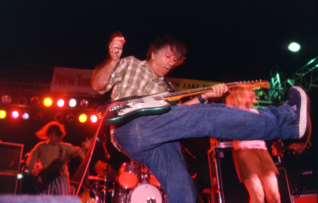 Lee Ranaldo, Sonic Youth, Sunset Junction 2002  Doug Kim; Nikon F5, Nikkor 80-20mm, Kodak E200