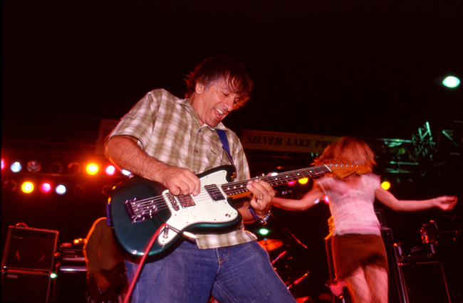 Lee Ranaldo, Sonic Youth, Sunset Junction 2002 © Doug Kim; Nikon F5, Nikkor 80-20mm, Kodak E200