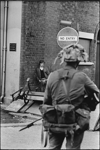 Northern Ireland, August 1969 © Gilles Caron