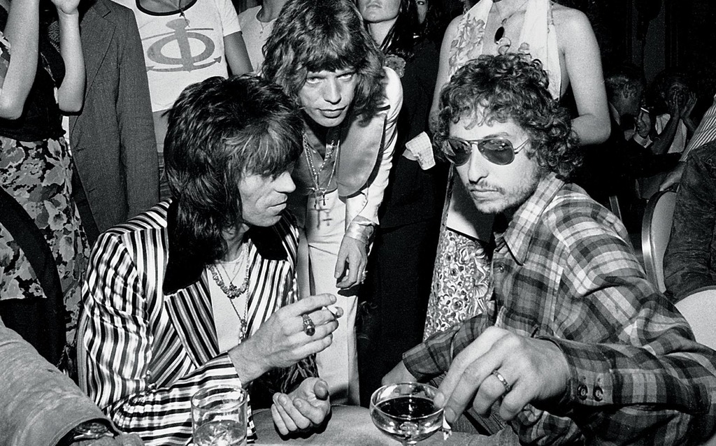 Stones Tour Party, 1972, Birthday party for Mick with Keith Richards and Bob Dylan on the last stop of the tour in New York © Ken Regan / Camera 5