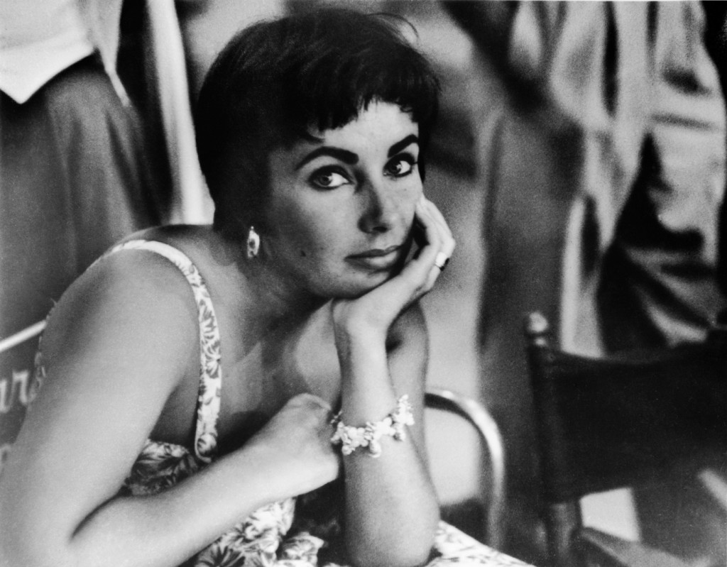 Elizabeth Taylor, 1954  Phil Stern