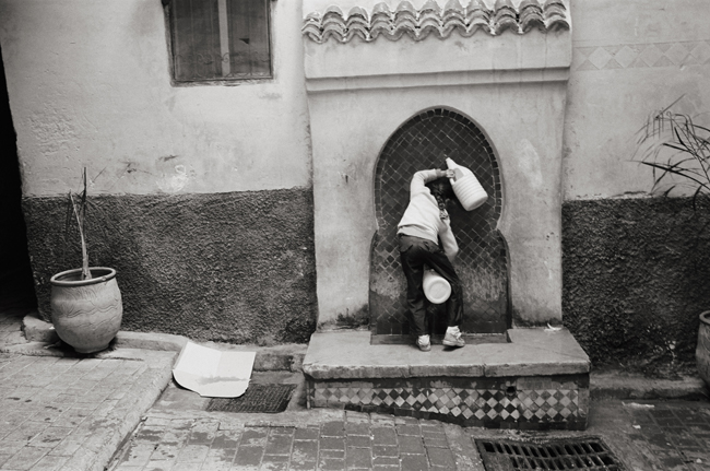 Fresh water from the Atlas Mountains in the Fez Medina, Fez, Morocco; Leica MP 0.58, 35mm Summicron, Kodak Tri-X © Doug Kim