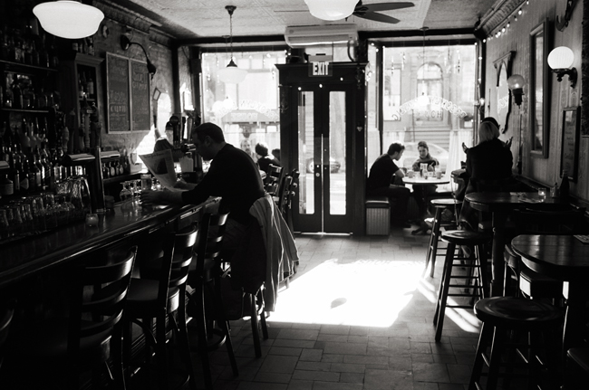 Brooklyn Public House, Ft. Greene, Brooklyn; Leica MP 0.58, 35mm Summicron, Kodak Tri-X © Doug Kim