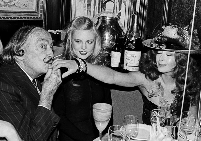Salvador Dali, Janet Daly and the stranger, New Years Eve © Roxanne Lowit