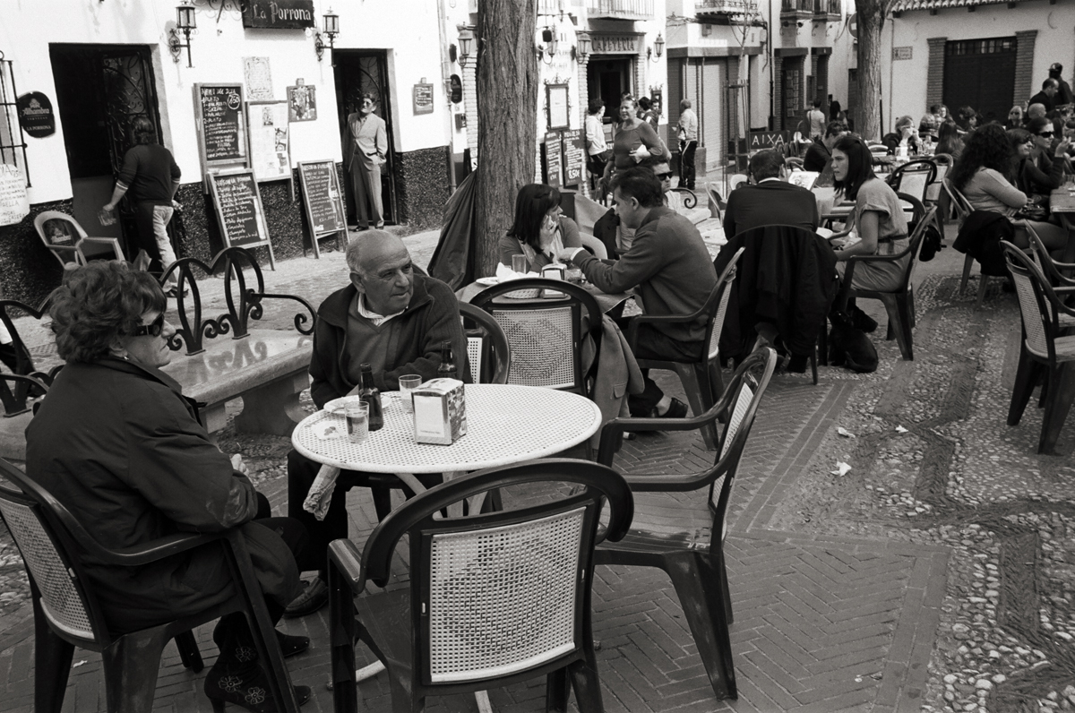 Plaza Larga, Granada, Spain © Doug Kim; Leica MP 0.58, 35mm Summicron, Kodak Tri-X