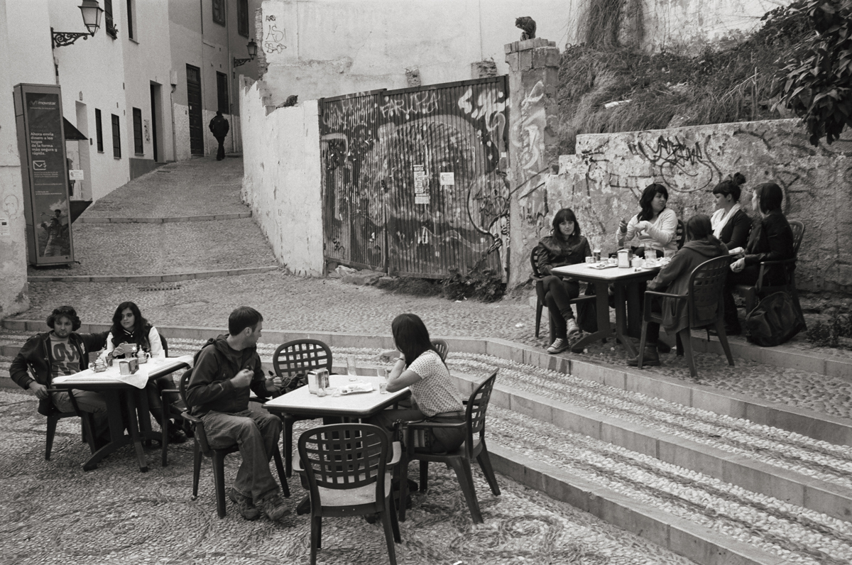 The Albaicyn, Granada, Spain © Doug Kim; Leica MP 0.58, 35mm Summicron, Kodak Tri-X