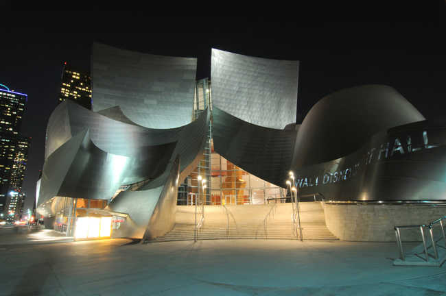 Walt Disney Concert Hall, Los Angeles; Nikon D300, 35-70mm Nikkor © Doug Kim