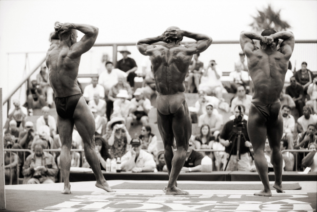 Muscle Beach, Venice, California; Nikon F5, 35-70mm Nikkor, Agfa APX 400  Doug Kim