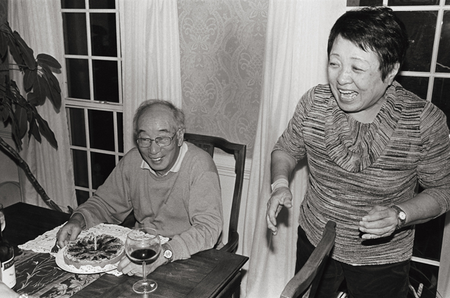 Mom & Pops, Rockville, Maryland; Leica MP 0.58, 35mm Summicron, Leica SF20 Flash, Kodak Tri-X © Doug Kim