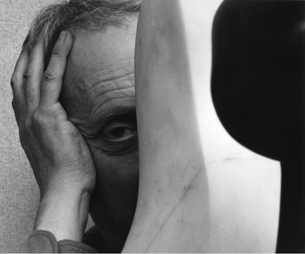 Jean Arp, 1949 © Arnold Newman