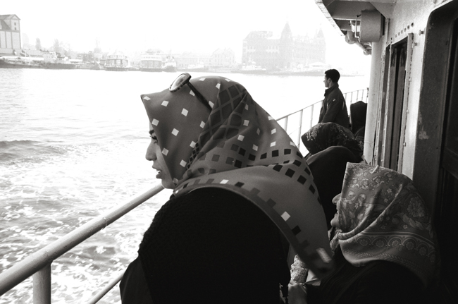 Bosphorus, Istanbul, Turkey; Leica MP 0.58, 35mm Summicron, Kodak Tri-X © Doug Kim