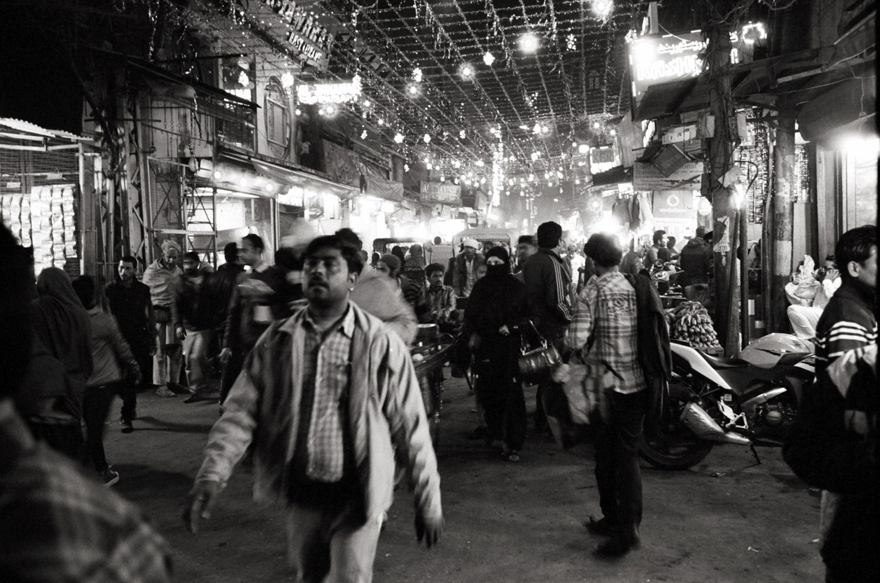 Old Delhi, India; Leica MP 0.72, 35mm Summilux, Kodak Tri-X © Doug Kim